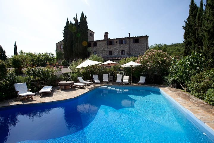 Tower-House with pool in the park - Castellina In Chianti - Apartment