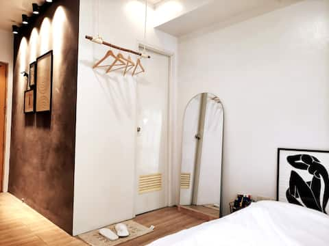 Freshen Up! NEW Condo with a Soulful Vibe in QC