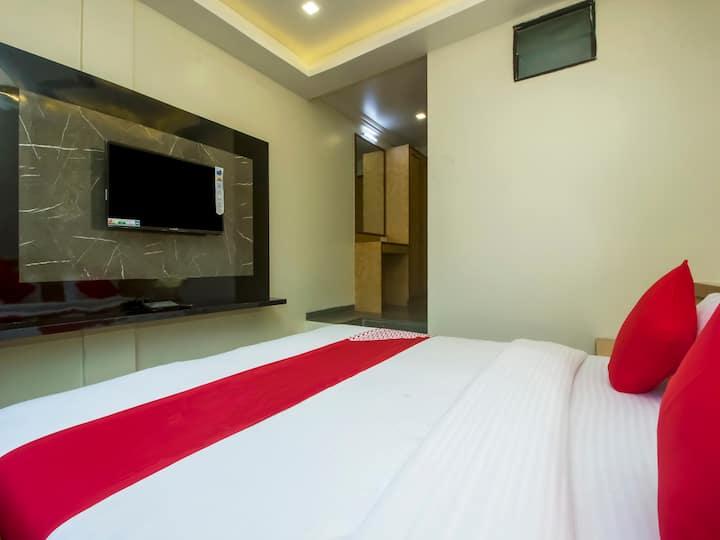 HOTEL NEW UTTAM HIRA PALACE