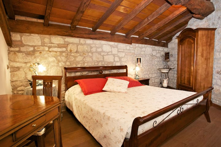 Exclusive suite in an old mill - Serramazzoni