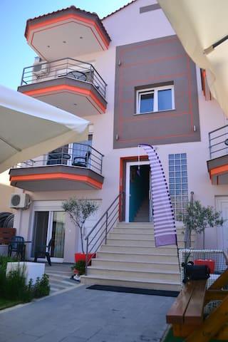ILIDA apartments - Nea Peramos - Apartmen