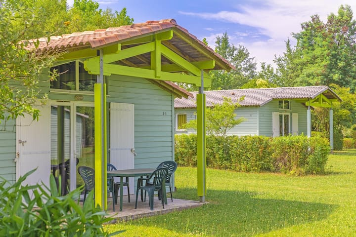 Cottage cosy et charmant avec Terrasse privé | Accès piscine, pêche + plus !
