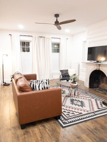 Townhouse-Style Apartment in Downtown Biddeford!