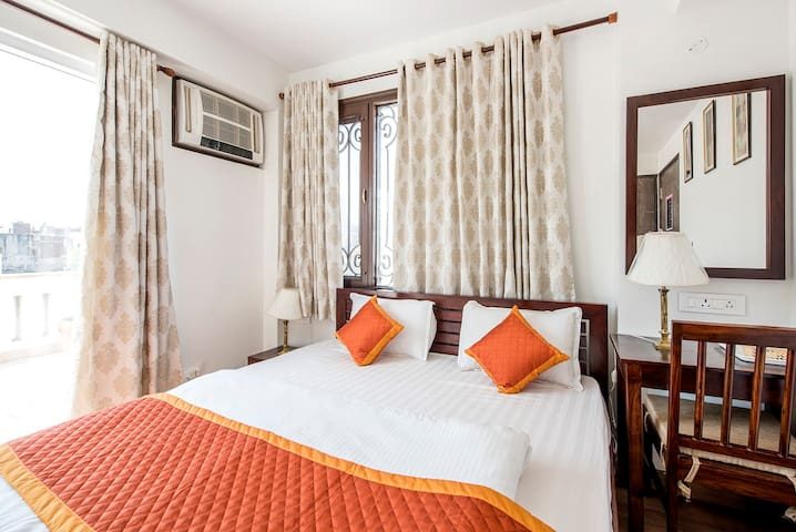 * PALM34 - Deluxe Room with Open Terrace, Wi-Fi