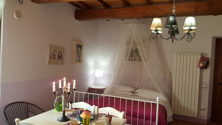 "Casale con piscina e idromassaggio: ""Casa Glicine"" - Ferentillo - Vacation home"
