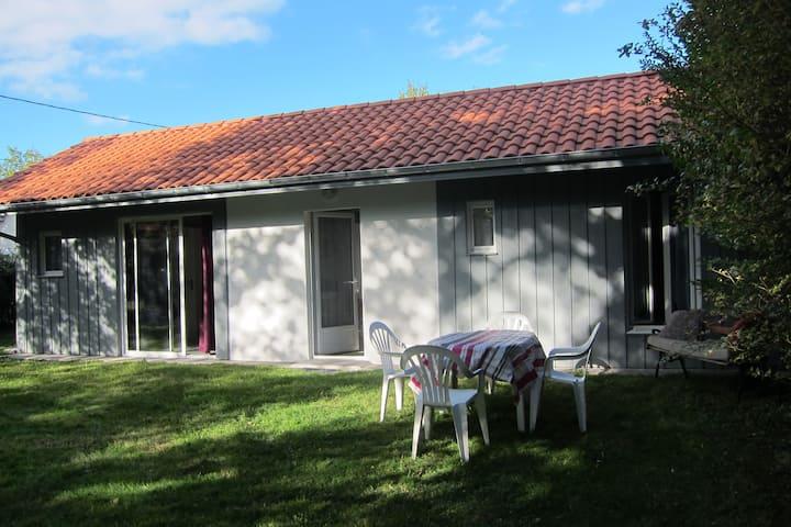 Petite maison calme et tranquille