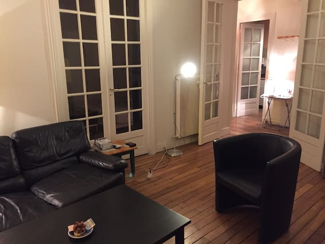 Flat in the center of Paris