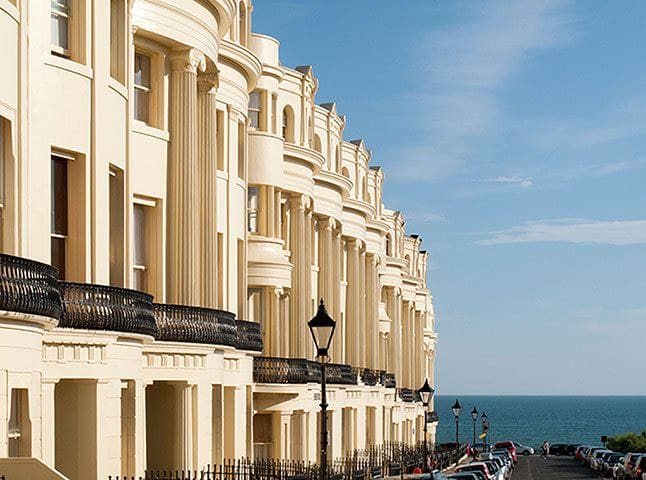 Charming penthouse Regency flat with sea views