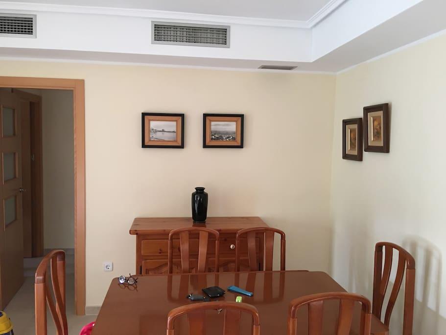 Salón, zona comedor