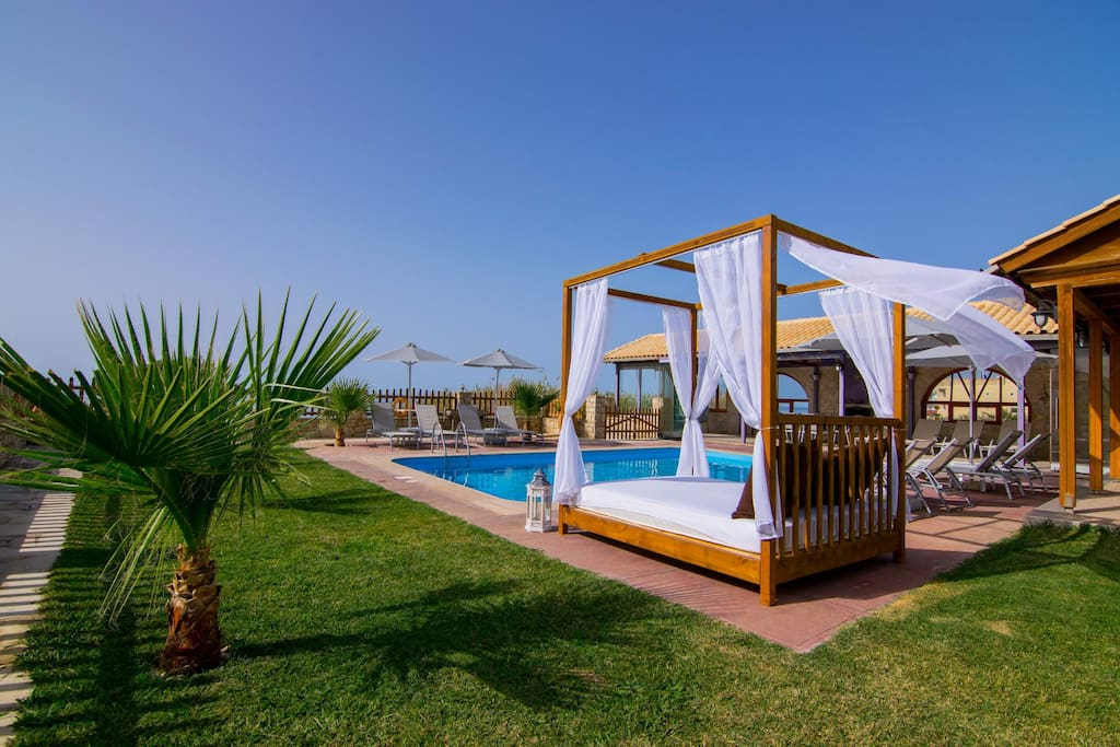 Luxurious relaxation by the swimming pool