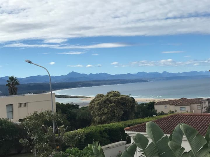 Plett holiday home with majestic views