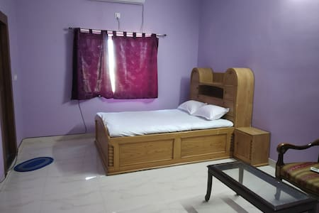 Modern styleHassle free stay: close to Rail Stn.
