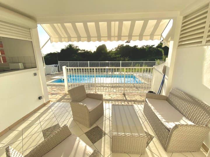 Appartement T3 avec piscine en résidence privée
