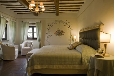 Villa di Monte Solare Wellness and Beauty - Panicale