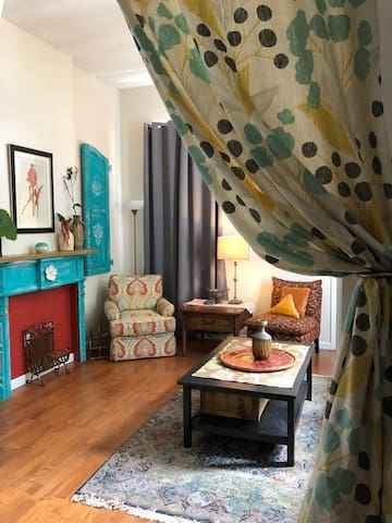 Historic MidCity New Orleans 2 Bed 2 Bath