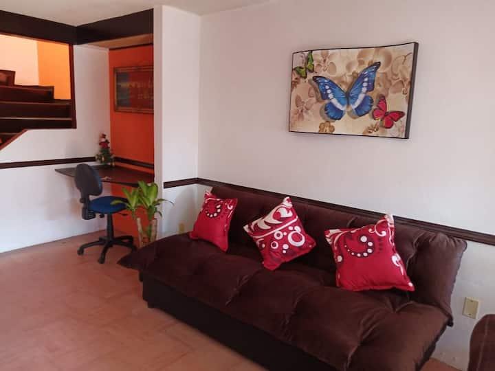 Linda y cómoda casa sola