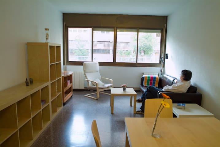 Quiet, bright, spacious apartm.