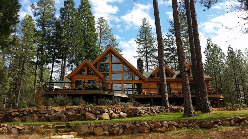 Lavender Log Home VRB0 - Forest Ranch - Haus