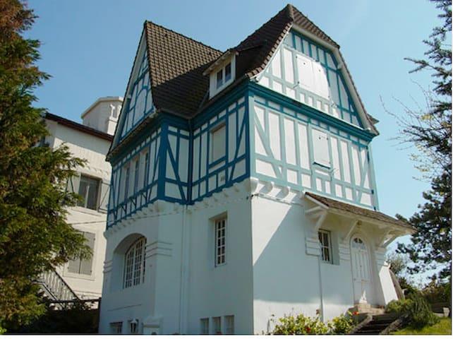 Villa Typique en plein centre