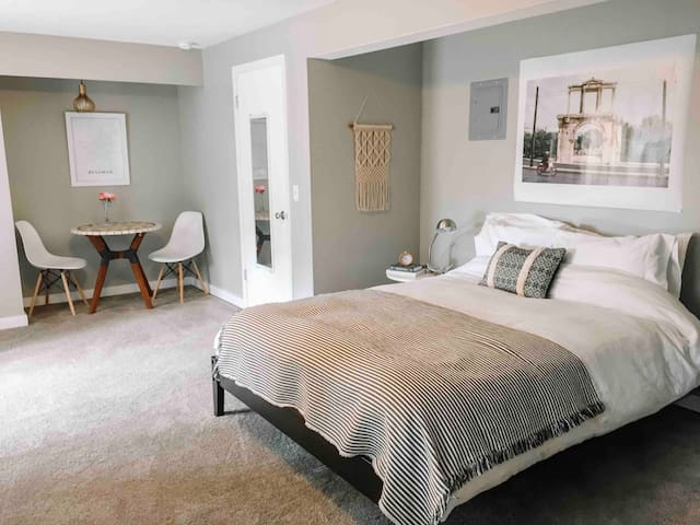 ⭐️ Modern Private Suite! 3 Min Walk to WSU Pullman