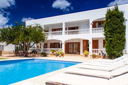 CAN SERRA just 4 minutes from Ibiza -ET0624-E - - イビサ