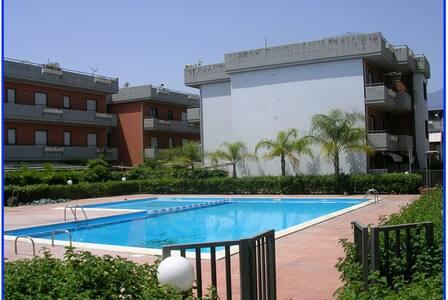 Flat swimming pool in Fondachello Mascali Taormina - Catania