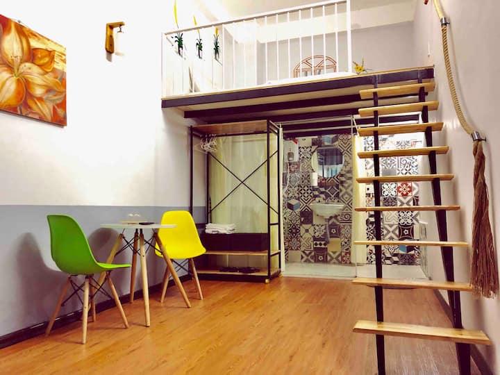 Le Conte Danang homestay mezzanine l4