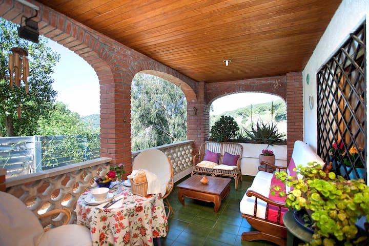 He marries garden nearby beach and  - Pineda de Mar - Casa