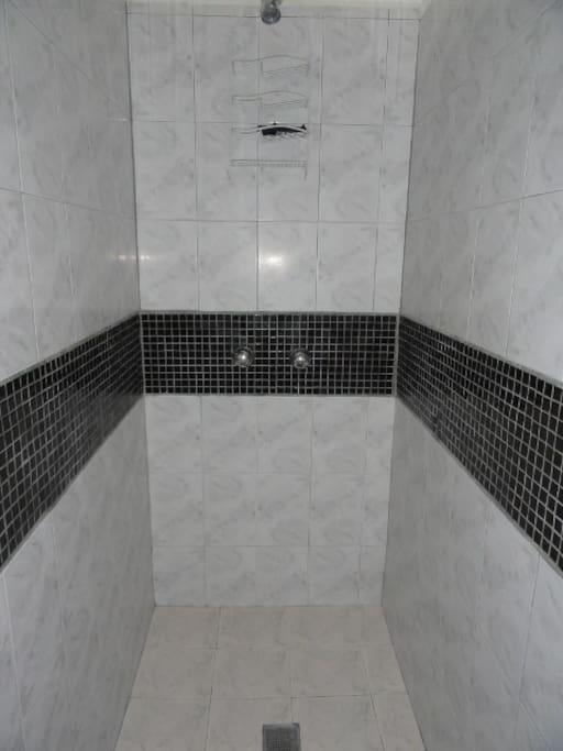 Guest Room #1 - Shower