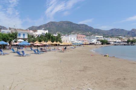 Kreta seaside, fantastic beaches - Makry Gialos