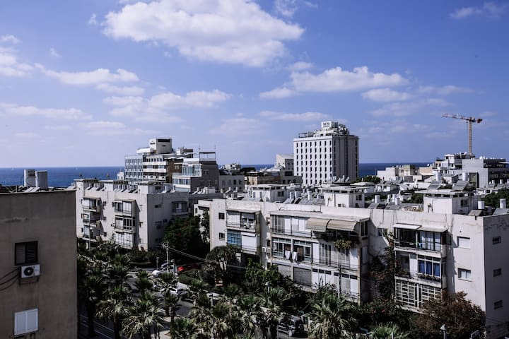 2BR sea view penthouse