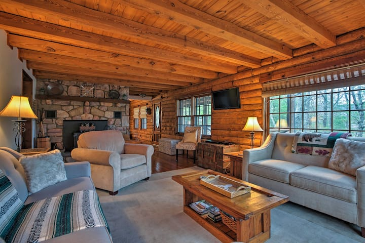 Private Massanutten Resort Log Home w/ Views!