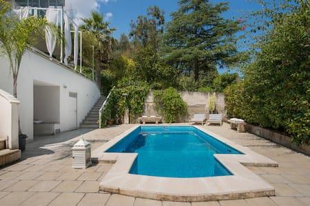 Swimming pool villa Sicily - Falcone - Villa