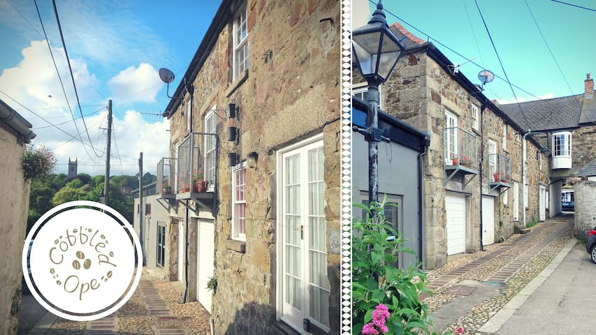 Cottage in Listed Coach House in Historic Helston - Helston - Hus
