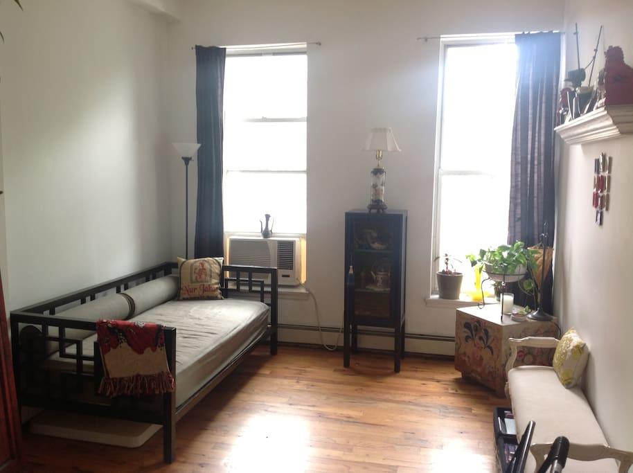 Open Doors: The Brooklyn Apartment of Swissmiss
