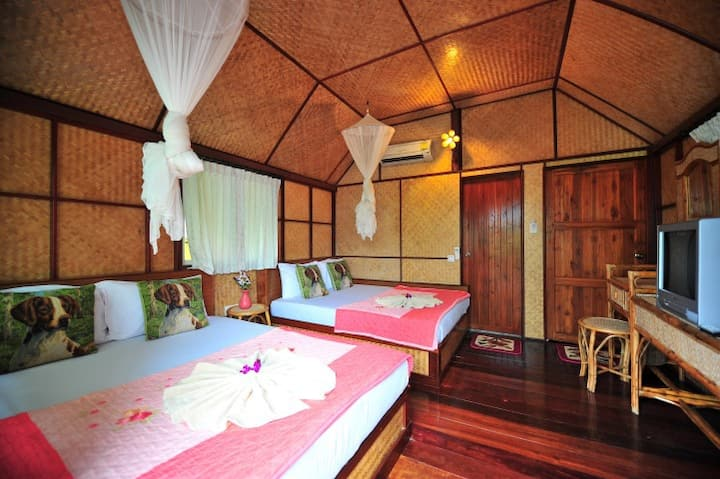 Family Bungalow with Air Con!