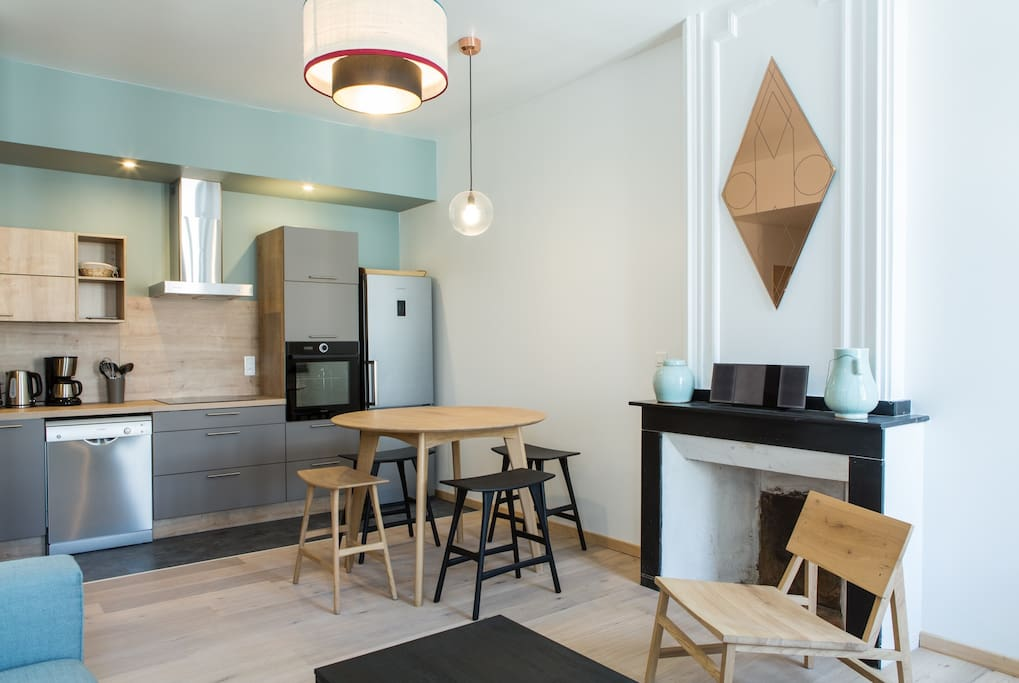 Open concept kitchen, dining and living romm