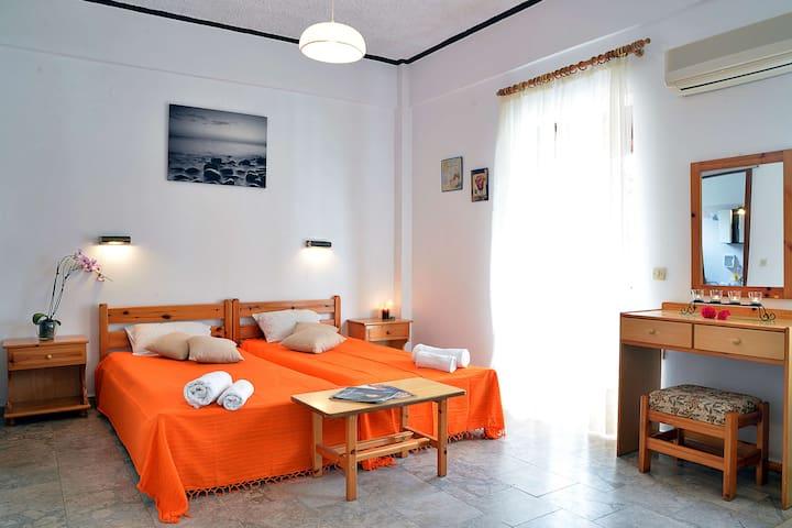 Nikis Apartments Agios Gordios - 科孚