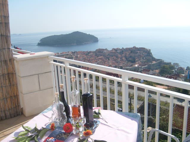 Romantic apartment-Dubrovnik view - Dubrovnik - House