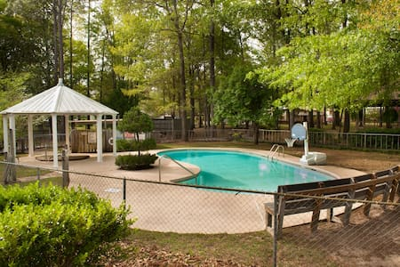 Pet Friendly Sunburst RV Resort Cabin Rentals