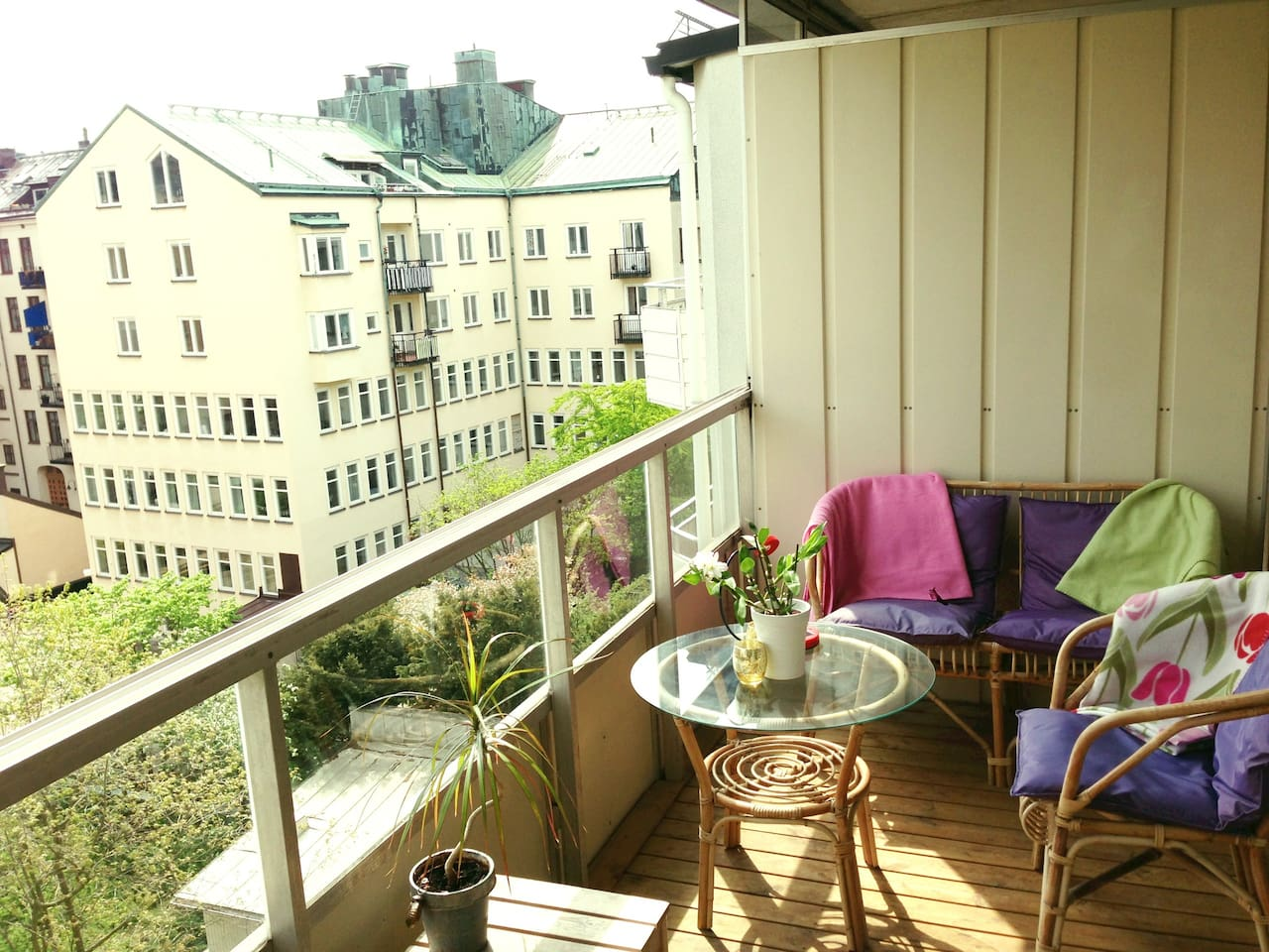 The private sunny balcony is 5 sqm big!