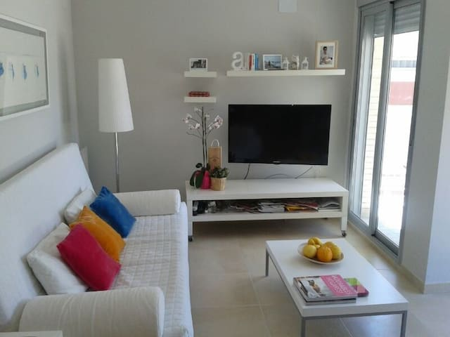 Apartamento Duplex en la playa - Les Cases d'Alcanar - Apartemen