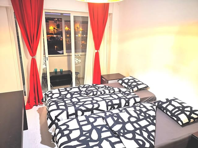 Brand new beautiful private room for 2 Guests