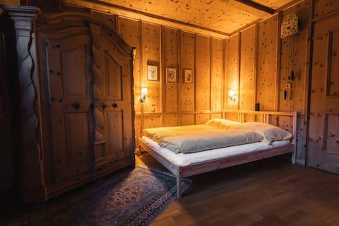 150m^ 2 Huis met sauna en grote tuin