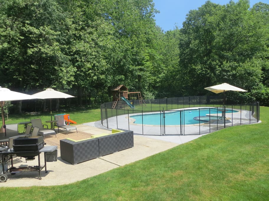 Back yard is wonderful in the summer and is fully gated which is great for kids or dogs :-)