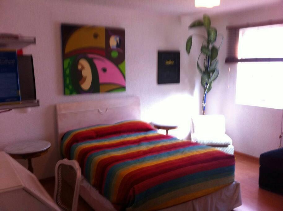 El cuarto es de lo más agradable.