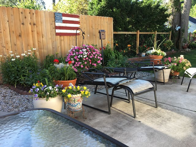 Large Patio, Fenced-in back yard