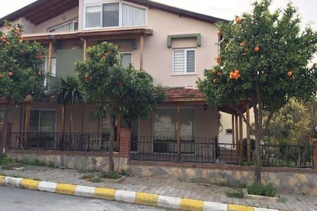 Cozy house in Urla - Urla  - บ้าน