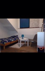 Welcome, bienvenidos, bienvenue, willkommen... - Schaerbeek - Appartement