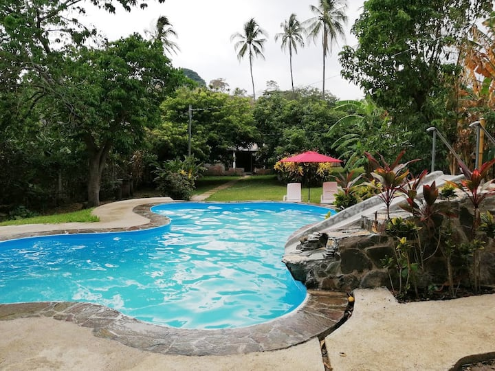 Casa de campo con piscina privada. El Riachuelo.